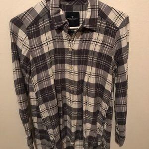 American Eagle half button flannel